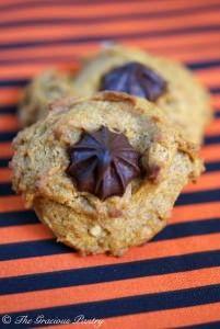 Clean Eating Chocolate Chip Walnut Pumpkin Cookies Recipe