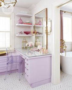 6 essentials for the perfect vanity area