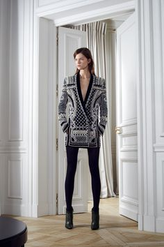 Balmain Pre-Fall 2012 - Runway Photos - Fashion Week - Runway, Fashion Shows and Collections - Vogue