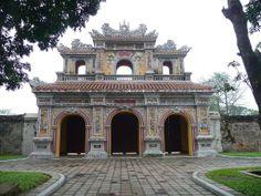 Citadel of Hue, Vietnam jigsaw puzzle in Castles puzzles on TheJigsawPuzzles.com