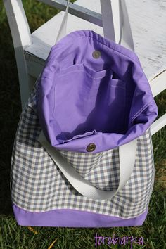 magic bag of Provence with lavende Artist Bag, Magic Bag, Provence, Gym Bag, Bags, Fashion, Handbags, Moda, Fashion Styles