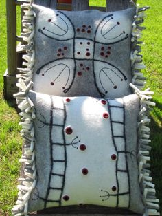 Felted pillow/ vilditud padjakatted #pillow #felt #felting