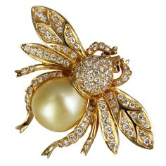 Diamond & Pearl Bee Pin