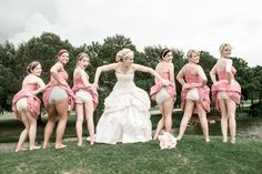 Fun Bridal Party picture Wedding Photography Cinco Ranch Country Club www.magekphoto.com Magek Photography