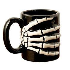 HALLOWEEN-TRICK OR TREAT 11 OZ COFFEE MUG SCARY OCTOBER CREEPY TEA CUP CANDY FUN