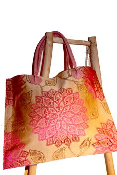 Wildeve Pink gold tote bag Morocco, Pink And Gold, Burlap, Reusable Tote Bags, Hessian Fabric, Jute, Canvas