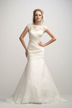 18 best Plus Size Wedding Dresses images on Pinterest