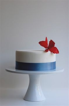 another simple yet beautiful cake