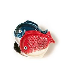 From Anthropologie, these great fish plates just look fun and fabulous.