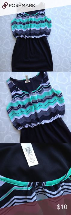 Women's chevron dress size large Brand- L8ter 8-- adorable dress size large-- skirt is stretch cotton-- EUC L8TER 8 Dresses