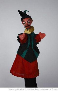 Fonds Georges Lafaye. III. Spectacles de marionnettes. Parade (1943, Lafaye) : marionnettes. Marionnettes du spectacle. Matamore - 1