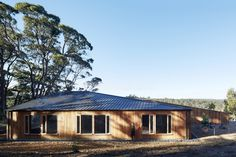 Gallery of Two Halves / Moloney Architects - 13