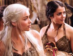 The Dragon Knot: One of Khaleesi's most iconic hairstyles // The Most Epic Roundup of Braids from Game of Thrones