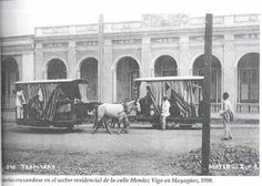 Tranvías cruzándose en la Calle Méndez Vigo, 1910.