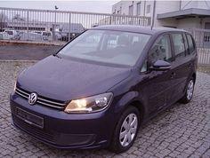 Gebrauchtwagen VW Touran 1.6TDi BMT: 11.900 EUR Van Und Bus 269.844 km 03 / 2013 Diesel Schaltgetriebe Gebrauchtwagen