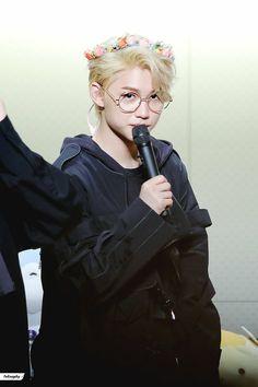 Felix tu me mata Lee Min Ho, Minho, Pre Debut, Felix Stray Kids, Wattpad, Kid Memes, Mode Vintage, Lee Know, Fan Fiction