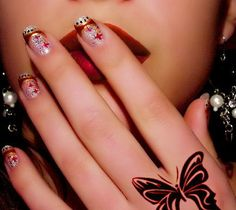 Nail art always requires some creativity for good looking nails. Women always like to have various types of nail art designs for different occasions. Nail Art Cute, Cute Nail Art Designs, Beautiful Nail Art, Cute Nails, French Manicure Nail Designs, Acrylic Nail Designs, Nails Design, Fingernail Designs, French Nails