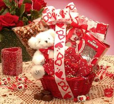 Valentine's Day Gift Baskets 2014