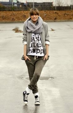 Just love the use of converse in this outfit!