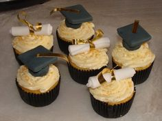 Cupcakes - graduation