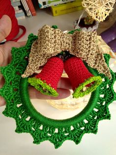 Crochet Christmas Trees, Christmas Crochet Patterns, Holiday Crochet, Crochet Doily Patterns, Crochet Doilies, Crochet Towel Topper, Christmas Projects, Diy And Crafts, Christmas Decorations