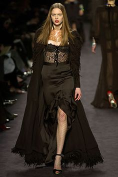 Saint Laurent - Fall 2003 Ready-to-Wear - Look 43 of 45