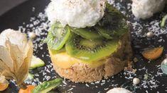 Tarte inspiration fruits de la passion, kiwis, pointe de coriandre et jus de combava | Arts & Gastronomie
