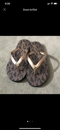 Like new condition Michael Kors flip flops Size 10 Michael Kors Sandals, Flipping, Flip Flops, Size 10, Women, Fashion, Moda, Fashion Styles, Beach Sandals
