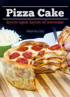 Cake THEE Pizza Cake! Layers upon layers of delicious pizza made in less than an hour!THEE Pizza Cake! Layers upon layers of delicious pizza made in less than an hour! Think Food, I Love Food, Good Food, Yummy Food, Pizza Recipes, Cooking Recipes, Skillet Recipes, Cooking Gadgets, Cooking Tools