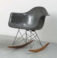 Eames Rocker in Elephant Grey