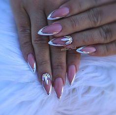 #nails #nails #nailpro #nailsprodigy #nailspromote #nailart #nailswag #nailsaddict #nailstagram #frenchmanicure #swarovskicrystals #swarovskinails