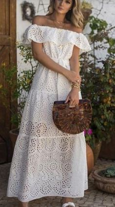 White Dress Summer, Summer Dresses, Alice, Shoulder Dress, Style Inspiration, Creative, How To Wear, Fashion, Flowergirl Dress