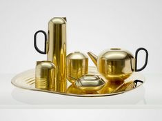 One of the most beautiful tea sets ever made, this one was new in 2013 from Tom Dixon and made entirely of spun brass with a gold wash finish. I have the Tea Caddy, which is a great place to start. Tom Dixon, Bronze, Art Et Design, Design Shop, Edge Design, News Design, Tee Set, Gold Wash, Tea Caddy