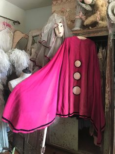 bc0bb5a2d084 RARE Vintage Authentic KARINSKA Paris Pink Pierrot Theater Opera Ballet  Costume Cape Wool Silk