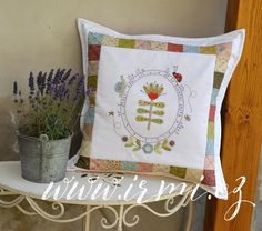Throw Pillows, Quilts, Sewing, Bed, Home, Toss Pillows, Dressmaking, Cushions, Couture