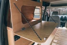 A camper van is a great vehicle to enjoy the long journey. Through a camper van, all your needs could be covered well and I am sure your vacation will be greater. Bus Camper, Ford Transit Camper, Mini Camper, Camper Trailers, Auto Camping, Van Camping, Motorhome, Caddy Van, Minivan Camper Conversion