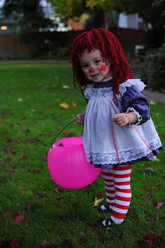 Raggedy Ann Costume - I have a pic of me as Raggedy Ann when I was little... It would be too cute to get one of Vanny too!