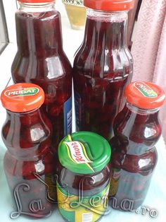 Visine la borcan pentru iarna. Canning Pickles, Hot Sauce Bottles, Preserves, Food And Drink, Cooking Recipes, Yummy Food, Sweets, Drinks, Desserts