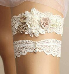 Women's Intimates Underwear & Sleepwears New Hot Photo Studio Wedding Garter For Bride Hand Made Lace Flower Leg Garter Set For Ladies Do You Want To Buy Some Chinese Native Produce?
