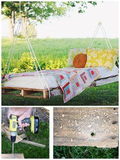DIY Pallet Hammock Idea