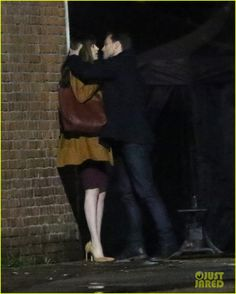 Having to hold her head so he can kiss the hell out of her ::dies:: #FiftyShadesDarker #JamieDornan #DakotaJohnson