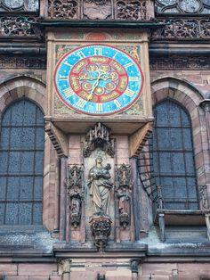 Die Uhr am Straßburger Münster