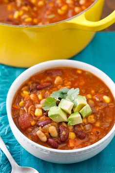 The BEST Black Bean Chili! Instant Pot Vegetarian Chili With Quinoa Hey Let's Make . 9 Must Have Vegan Pasta Sauce Recipes Easy Dairy Free . Home and Family Vegan Crockpot Recipes, Vegan Recipes Videos, Chili Recipes, Vegan Recipes Easy, Healthy Dinner Recipes, Cooking Recipes, Vegan Meals, Vegan Dishes, Healthy Tips