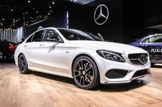 2016 Mercedes Benz C450 AMG 4Matic - Provided by MotorTrend - Detroit Auto Show
