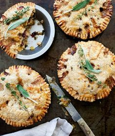 Early Fall Baking: 10 Favorite Crisps, Cobblers and Pies | Dutch Apple Pie