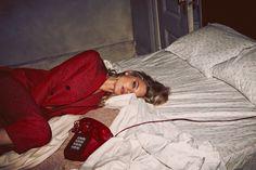So It Goes Magazine Fall Winter 2015 Model: Martha Hunt Photographer: Guy Aroch Fashion Editor: Liz McClean Guy Aroch, Du Dudu E Edu, Ideas Para Photoshoot, Fashion Fotografie, Outfit Essentials, Poses Photo, Fashion Photography Poses, Glamour Photography, Lifestyle Photography