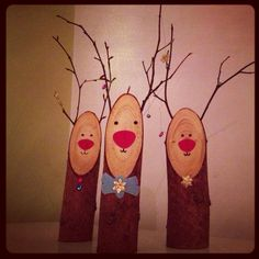 wooden reindeer christmas decoration