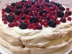 Mini Pavlova, Hungarian Recipes, Baking And Pastry, Nutella, Waffles, Cake Recipes, Cheesecake, Deserts, Food And Drink