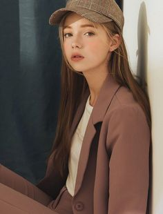 Pretty Girl From Asian - Gadis Dumay Aesthetic People, Aesthetic Girl, Pretty People, Beautiful People, Chica Cool, Western Girl, Fashion Mode, Woman Fashion, Street Fashion