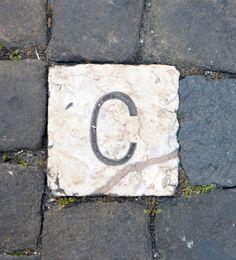 caràcter, llamborda, Lisboa. foto miquel